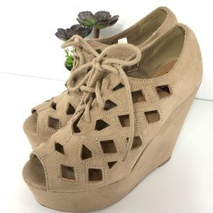 Shiekh wedge tan velvet platform Size 6
